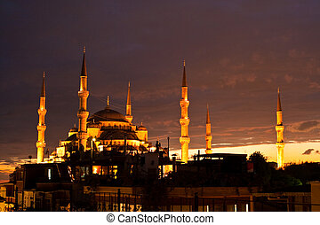 Blue Mosque in Istanbul, Turkey - Blue Mosque or Sultan...