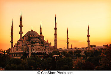 Blue Mosque in Istanbul, with sunset