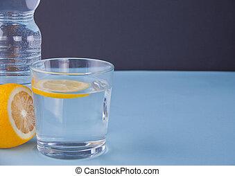 blue víz, citrom, háttér.