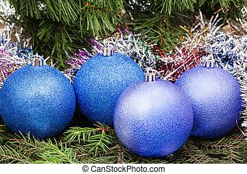 blue, violet Christmas balls, tinsel, Xmas tree 5