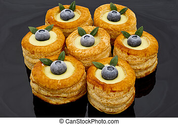 blueberries voulevant in black plat