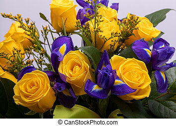 blumengebinde, gelber , floristic, rosen, schöne , iris, ...