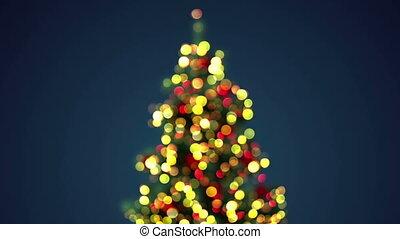 blurred christmas tree loopable