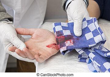 blutung, schnitt