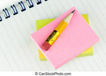 blyertspenna, anteckningsblock, kort