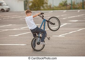 bmx biking, acrobaties