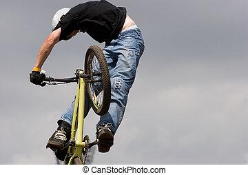 bmx, fietser, lucht