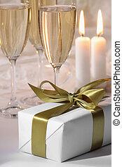 boîte, bougies, cadeau, brûlé