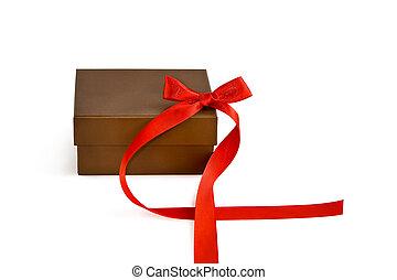 boîte, cadeau, ruban rouge