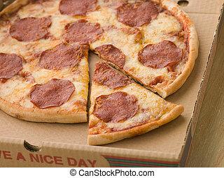 boîte, coupure, loin, pepperoni, couper, prendre, pizza