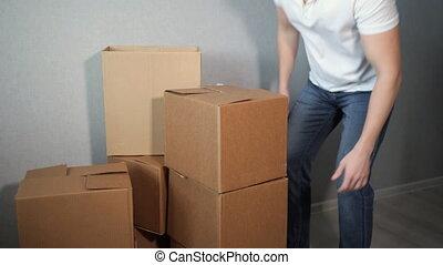 boîte, lent, prend, mouvement, boîtes, lot, tomber, carton, ...