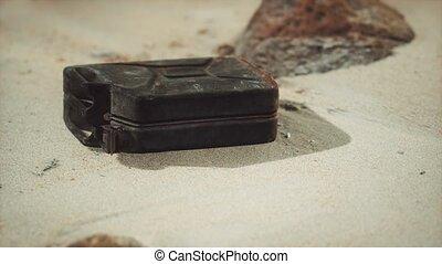boîte métallique, désert, rouillé, vieux, carburant