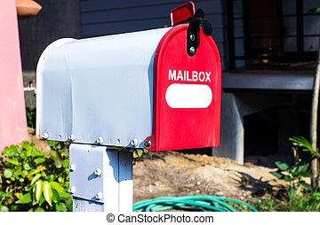 boîte, maison, devant, courrier, blanc rouge