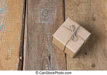 boîte papier, sur, a, table bois