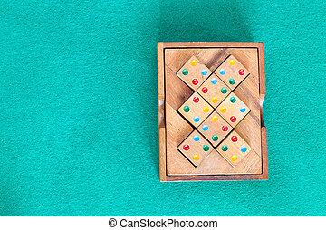 boîte, sommet bois, table verte, puzzle, vue