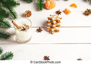boże narodzenie, gingerbreads, z, szklane mleko, i, świąteczny, gałęzie, fir., swojski, zachwycający, ciasteczka, na, przedimek określony przed rzeczownikami, drewniany, tło., wolny, przestrzeń, dla, twój, text.