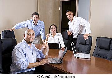 boardroom, ispanico, lavorante, metà-adulto, ufficio