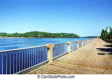 Boardwalk along the Saguenay river