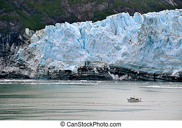 Boat and Glacier