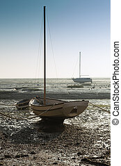 Boat at low tide at Leigh on Sea