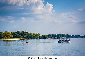 Boat in Lake Norman, seen from Jetton Park, in Cornelius, ...
