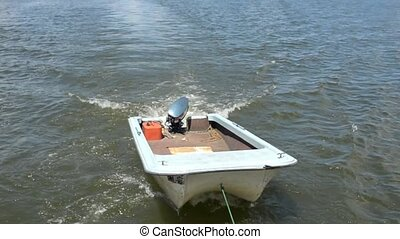 boat - towing a boat