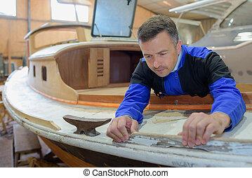 boatmaker at work