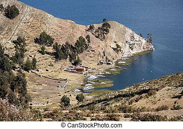Boats in a bay on Isla del Sol