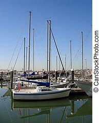 Boats in Baltimore Inner Harbor 003