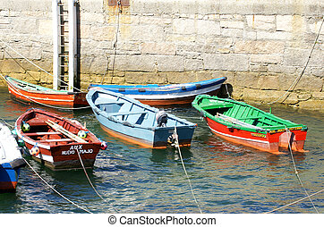 Boats in the port
