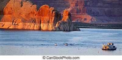 Boats in the scenic Lake Powell recreation area of Arizona