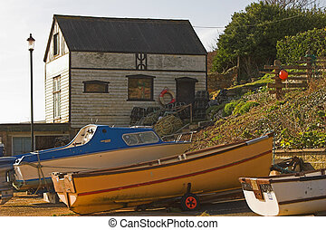 Boats & old boatshedBoats & old boatshed - Boats with old...