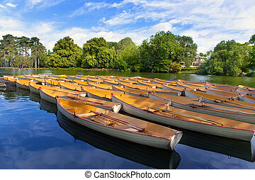 Boats on lake.