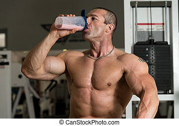 bodybuilder, com, proteína, shaker