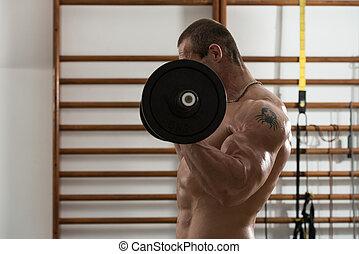bodybuilder, het uitoefenen, biceps, met, barbell