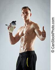 bodybuilder, met, proteine verwiken, het tonen, beduimelt omhoog