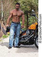 bodybuilder, motorfiets