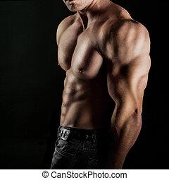 bodybuilder, seu, mostrando, músculos