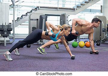 bodybuilding, man en vrouw, vasthouden