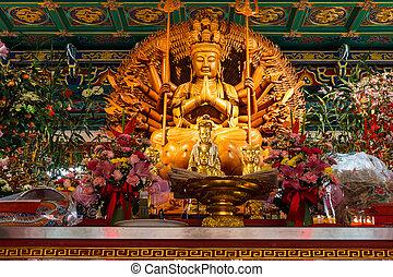 boeddha, het tonen, een, duizend, handen, standbeeld, in, chinees, tempel, bangko