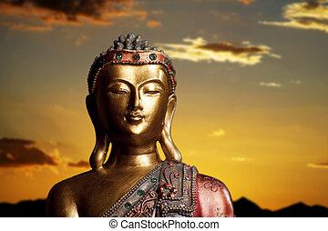 boeddha, standbeeld, op, ondergaande zon