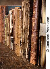 boekjes , oud, verweerd