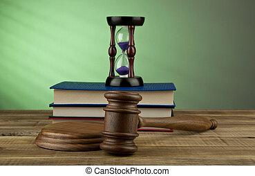 boekjes , van hout croquethamer