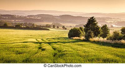 Bohemian landscape - Czech (Bohemian) early morning ...