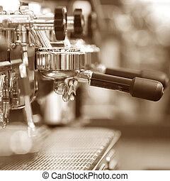 bohnenkaffee, espresso stellt maschinell
