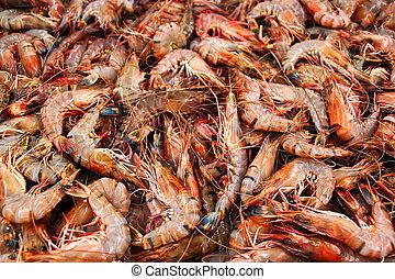 Boiled freshwater shrimp sold at Phnom Penh market