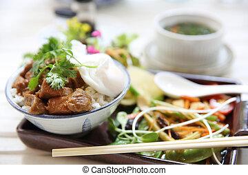 boiled pork roast with rice