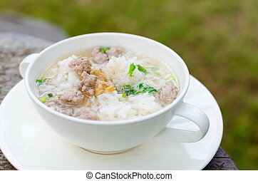 Boiled rice with pork