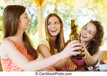 boire, amis, bavarder