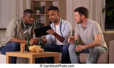 boire, bière, pc, tablette, amis, maison, mâle